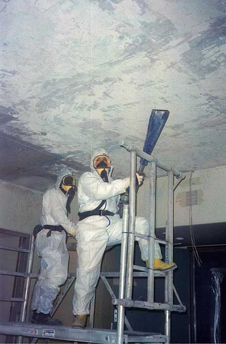 Removal of an asbestos plaster ceiling using the IceMaster