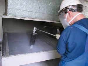 Reinigung von verkalkten Wärmetauschern in einem Krankenhaus
