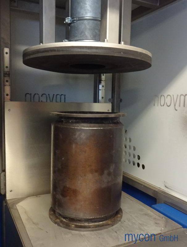 Vorbereitung der Differenzdruckprüfung am Prüfstand vor der Reinigung mit FilterMaster